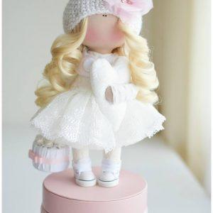 lele-angelas-ema-5c65783c0e3d7